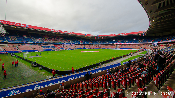 Parc des Princes - PSG Paris St. Germain - Tribune Paris